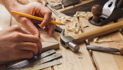 Megbízható épületbádogos segítségét igényelheti remek áron
