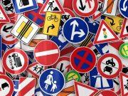 Gondoskodjon a biztonságról megfelelő közlekedési táblák gyártásával!