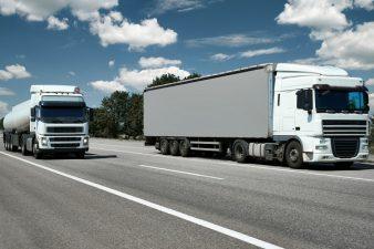 Hogyan oldjuk meg egyszerűen a belföldi fuvarozást-áruszállítást?
