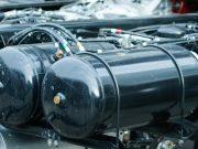 Tartsa fenn az egyenletes nyomást a rendszerben megbízható légtartályokkal!
